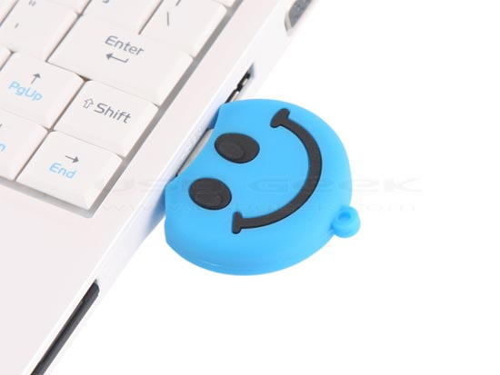 smiley-face-usb-drive_3